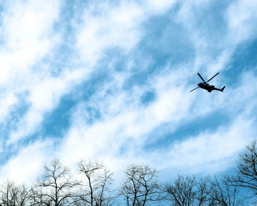 Underhållsbesiktning med helikopter